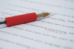 7 tips om je eigen tekst na te lezen